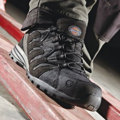 Dickies WD110 Tiber Composite S3 Super Safety Trainer