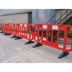 Titan™ 2 metre Barrier - Red